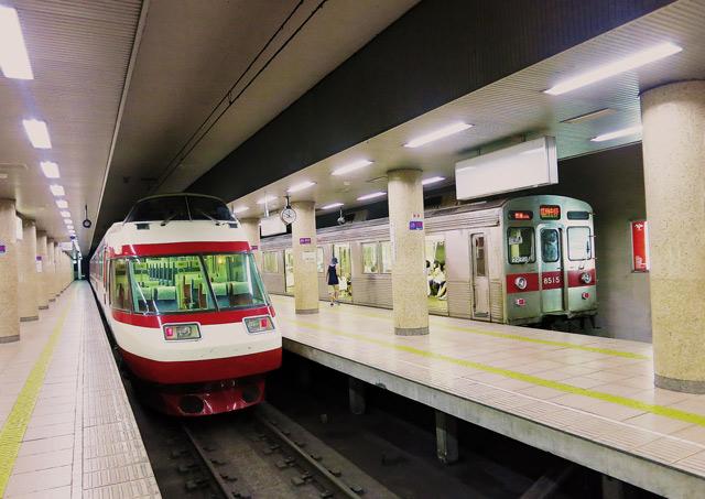 長野駅ホームの写真