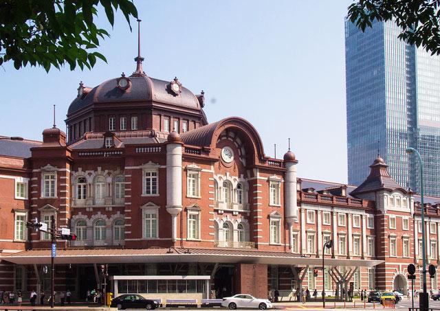 東京駅外観の写真