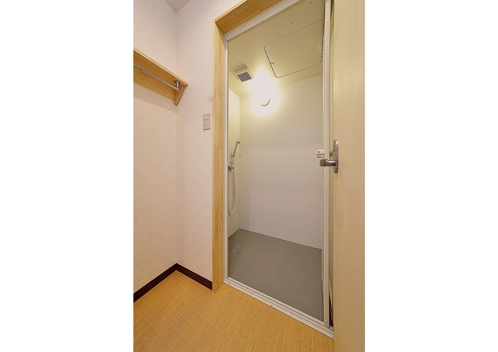 シャワールームの写真 | 長野県のゲストハウス・ホステル ZEN hostal